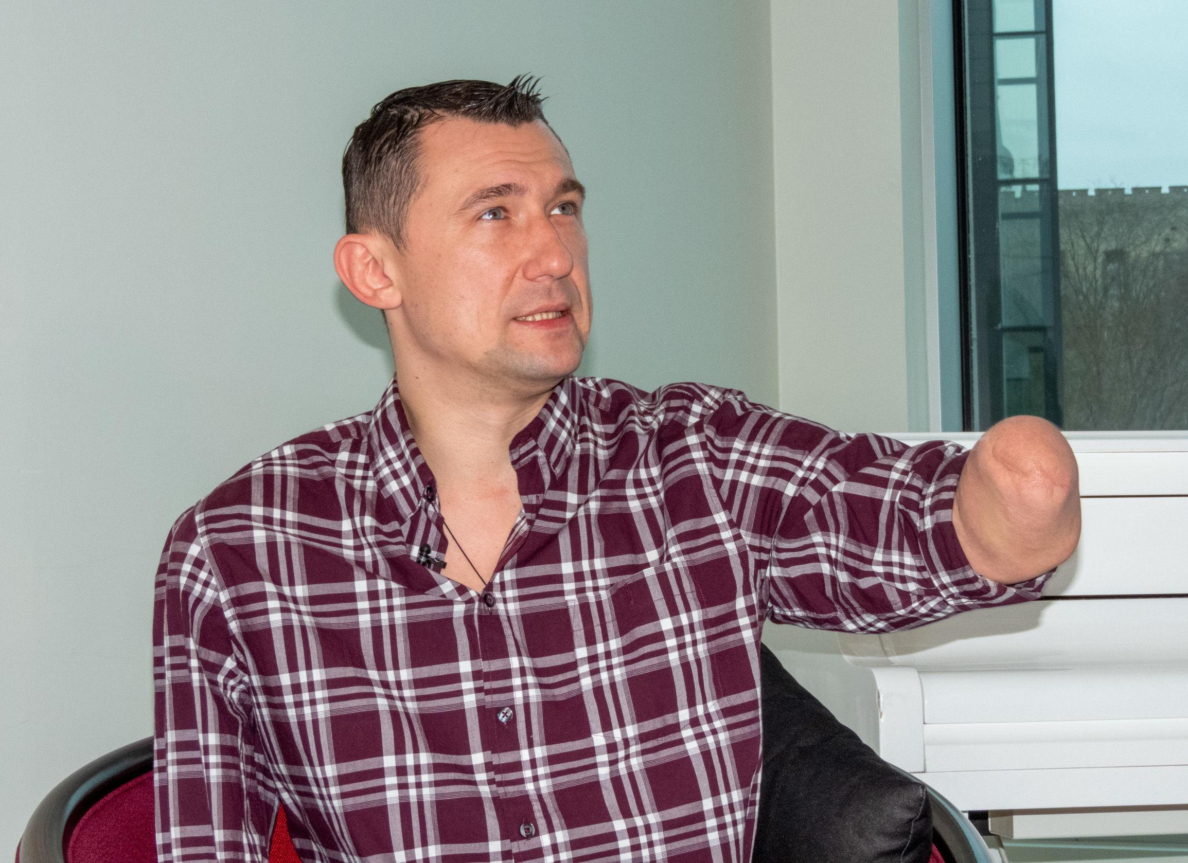 В Таллинн приехал знаменитый паралимпийский рекордсмен из Беларуси Алексей Талай