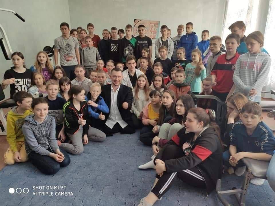 Рождественский подарок детям Донбасса